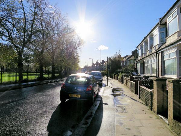 Sunny Tottenham road Credit Alan Stanton Flikr web